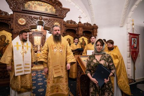 митрополит Воскресенский Дионисий